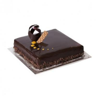 Chocolate Truffle Cake Square