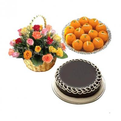 Roses, Laddu With Cake