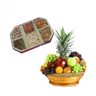 Fresh Fruits With Dry Fruits