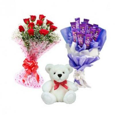 Roses, Teddy With Dairy Milk Bouquet