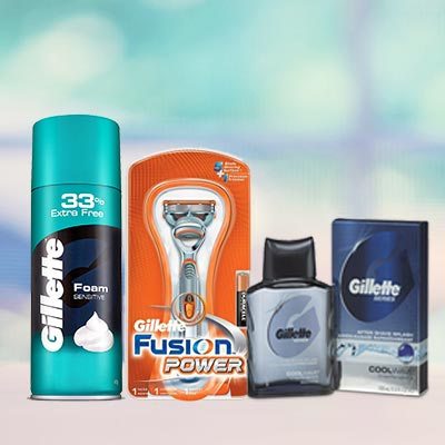 Gillette Sensitive Grooming Kit