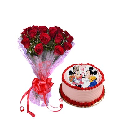 Strawberry Photo Cake With Roses