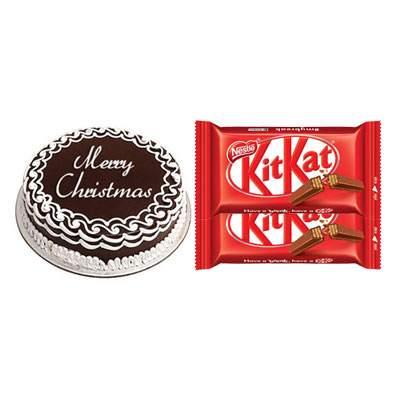 Christmas Cake with Kitkat Chocolates
