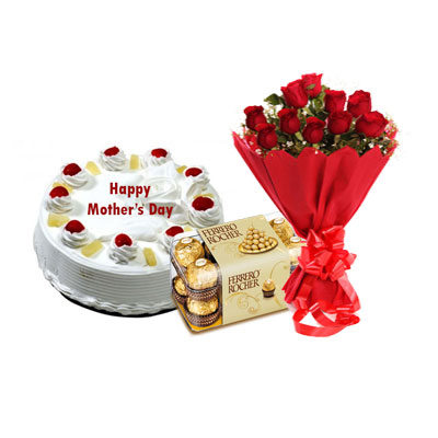 Eeggless Mothers Day Pineapple Cake, Bouquet & Ferrero