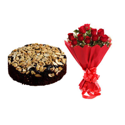 Special Christmas Plum Cake with Bouquet