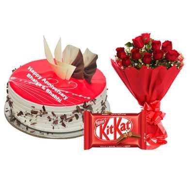 Eggless Strawberry Cake, Bouquet & Kitkat