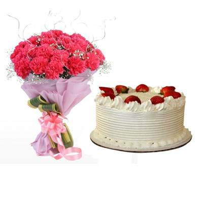 Pink Carnation & Strawberry Cake