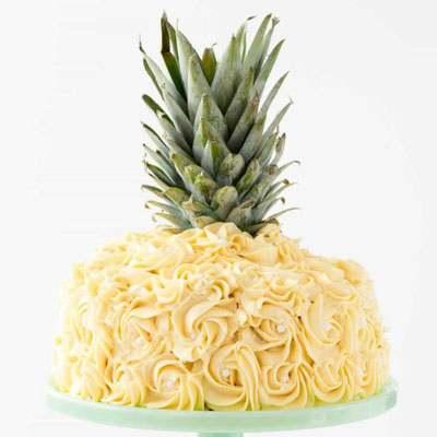 Pineapple Shaped Fondant Cake