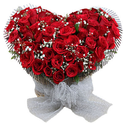 Red Roses Heart Shape Flowers Special Arrangement