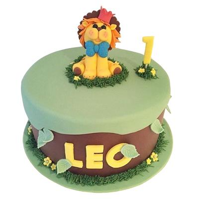 Fondant Cake For Leo Zodiac Sign