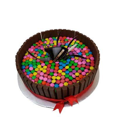 Elegant Kitkat Cake