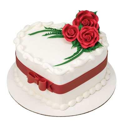 Roses Heart Shape Designer Cake
